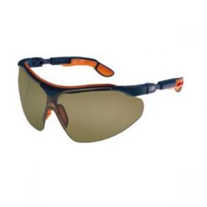 عینک ایمنی مدل i-vo لنز برنز رنگ برند Uvex